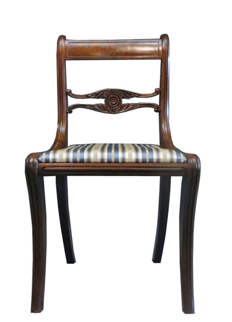 American Set of Six Classical Dining Chairs Attributable to Duncan Phyfe, New York For Sale