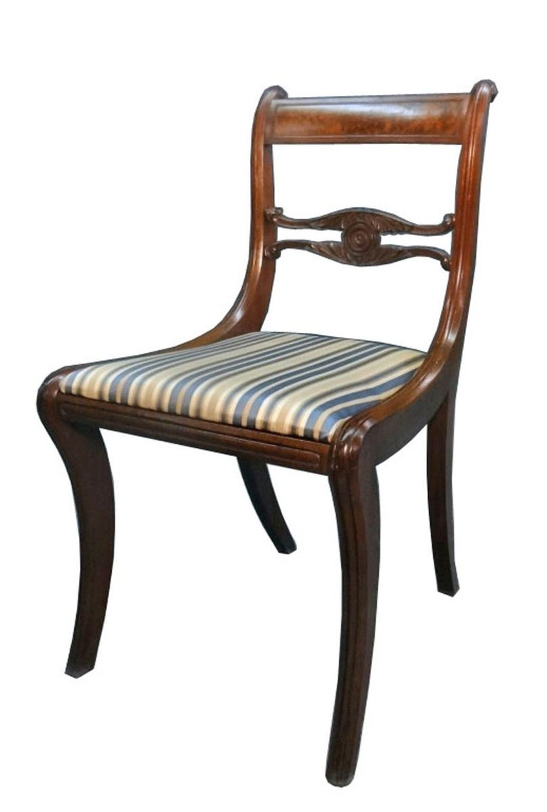 Set of Six Classical Dining Chairs Attributable to Duncan Phyfe, New York In Good Condition For Sale In Miami, FL