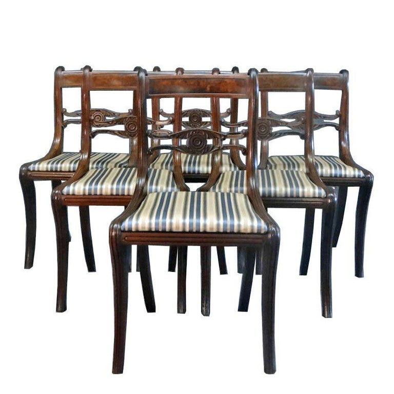 Set of Six Classical Dining Chairs Attributable to Duncan Phyfe, New York For Sale