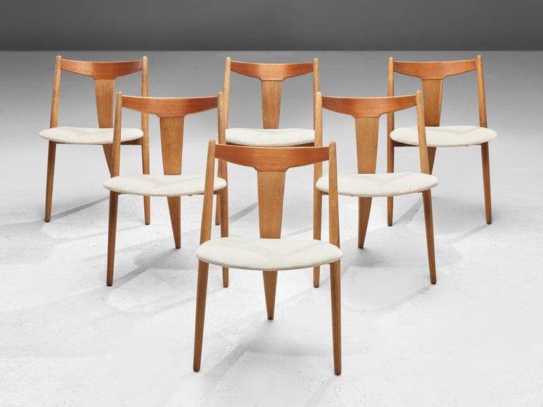 Scandinavian Modern Set of Six Danish Dining Chairs in Teak and Oak For Sale