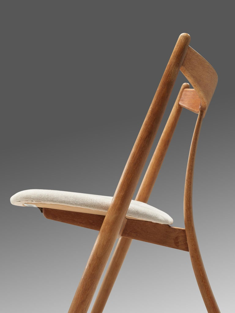 Set of Six Danish Dining Chairs in Teak and Oak For Sale 3