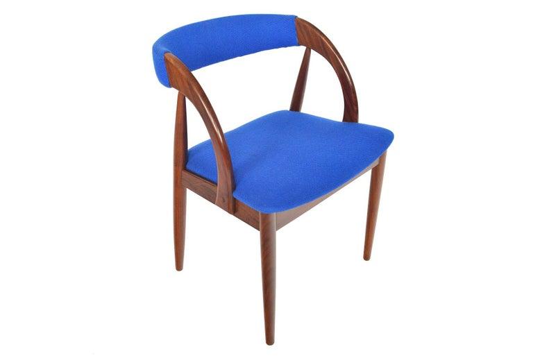 20th Century Set of Six Danish Mid-Century Modern Walnut Dining Chairs