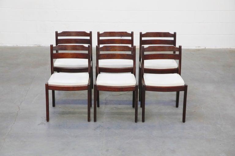 Scandinavian Modern Set of Six Danish Modern Rosewood Dining Chairs by Dyrlund, circa 1960s, Signed