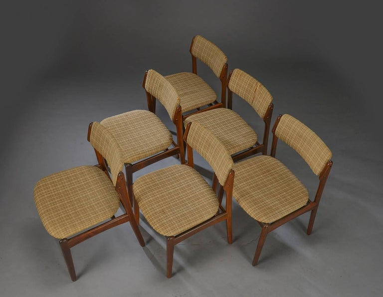 Scandinavian Modern Set of Six Danish Rosewood Dining Chairs by Erik Buch For Sale