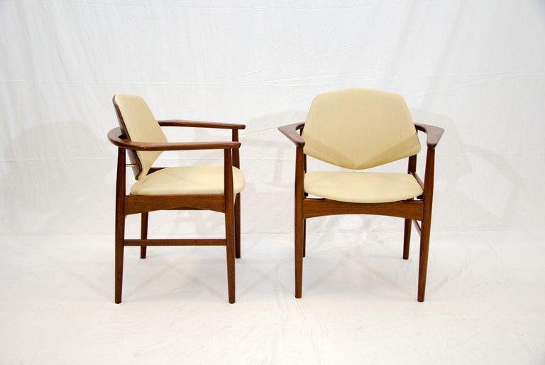 Set of Six Danish Teak Dining Chairs, Arne Hovmand Olsen For Sale 4