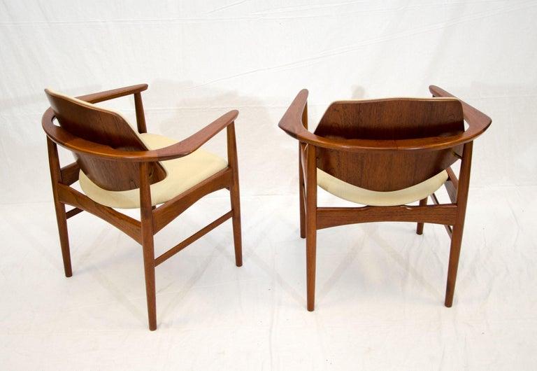Set of Six Danish Teak Dining Chairs, Arne Hovmand Olsen For Sale 6