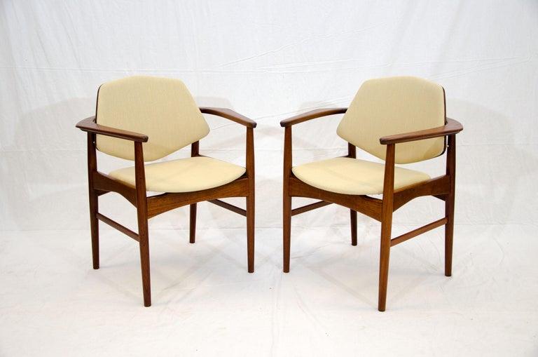 Set of Six Danish Teak Dining Chairs, Arne Hovmand Olsen For Sale 1