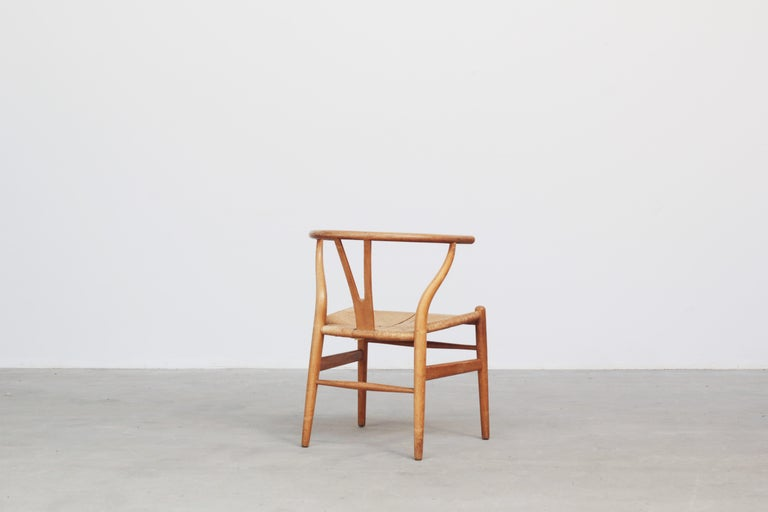 Set of Six Danish Wishbone Chairs CH 24 by Hans J. Wegner for Carl Hansen Oak For Sale 3