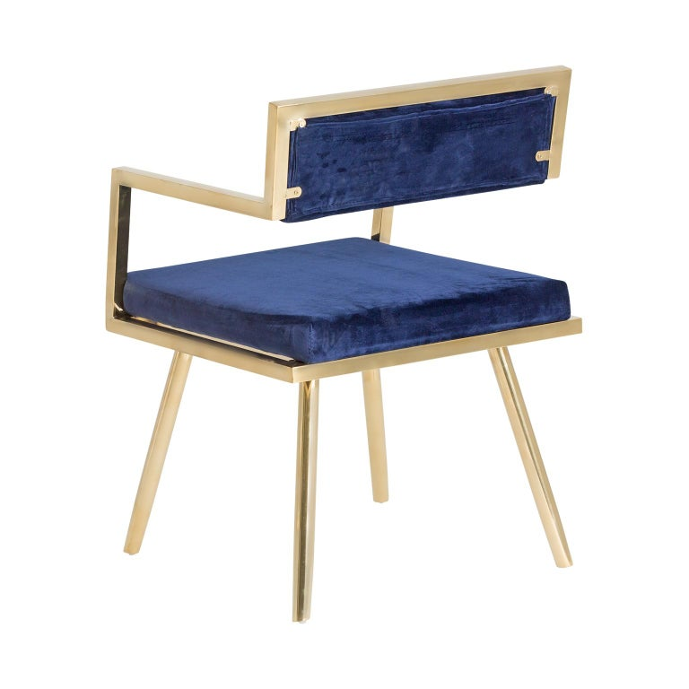 European Set of Six Dining Armchairs in Deep Blue Velvet and Gilded Metal For Sale