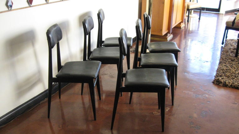 Italian Set of Six Dining Chairs by Carlo Di Carli and Gio Ponti For Sale