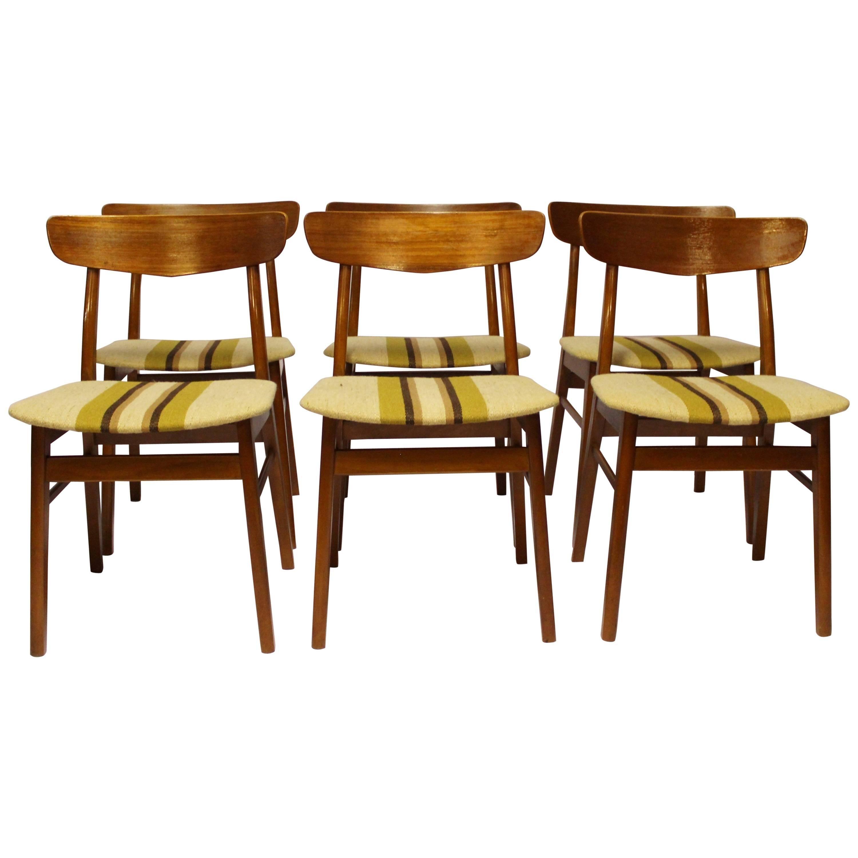 Set of Six Dining Chairs in Teak, Danish Design, 1960s