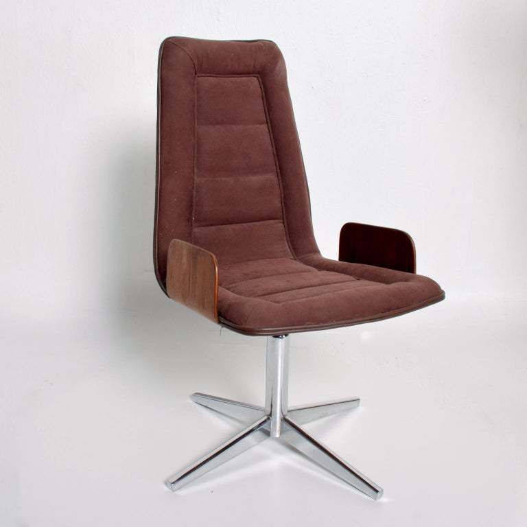 Mid-Century Modern Sculptural Bent Walnut Plywood Dining Chairs Set of Six   Mid Century Modern