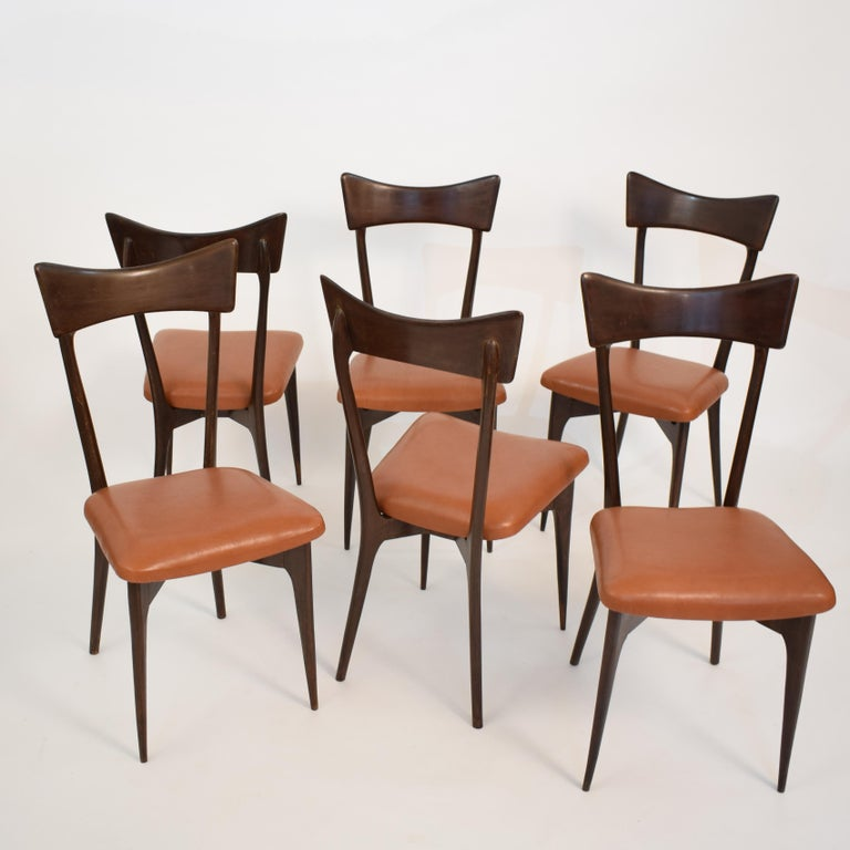 This set of six chairs was designed by Ico Parisi in 1945. It was produced by Colombo Cantu in Italy. 