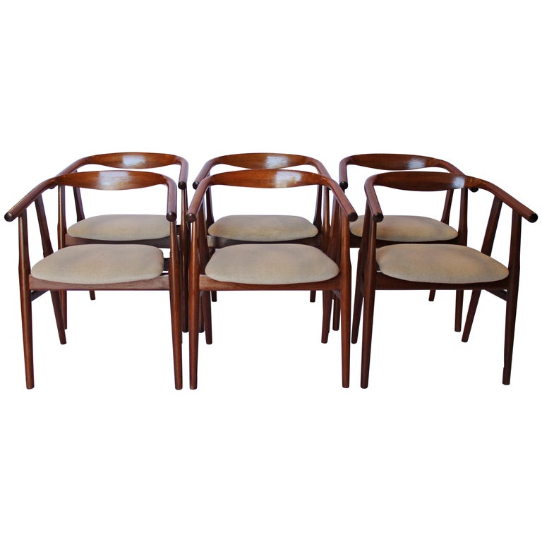Hans J. Wegner for GETAMA set of six GE525 chairs, 1960s, offered by Osted Antique & Design