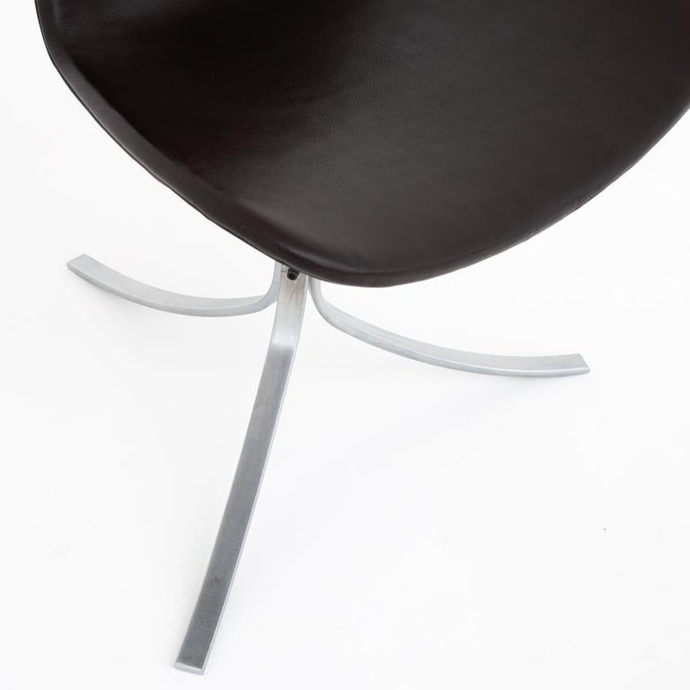 20th Century Set of Six Dining Chairs by Poul Kjærholm For Sale