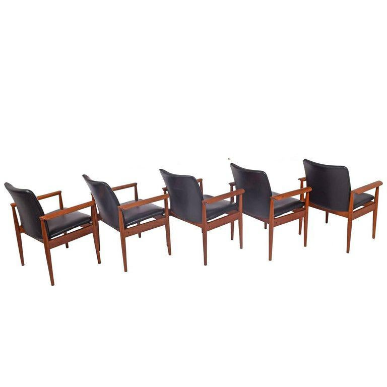 Scandinavian Modern Set of Six Diplomat Armchairs by Finn Juhl for France & Son For Sale