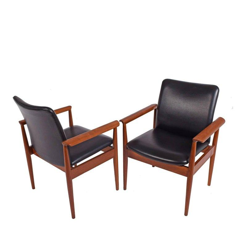 Danish Set of Six Diplomat Armchairs by Finn Juhl for France & Son For Sale