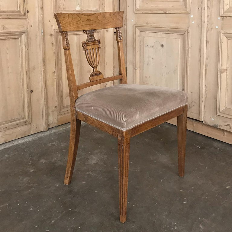 Set of Six 18th Century Neoclassical Swedish Dining Chairs For Sale 5
