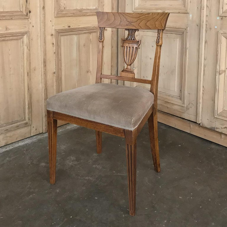 Set of Six 18th Century Neoclassical Swedish Dining Chairs For Sale 1