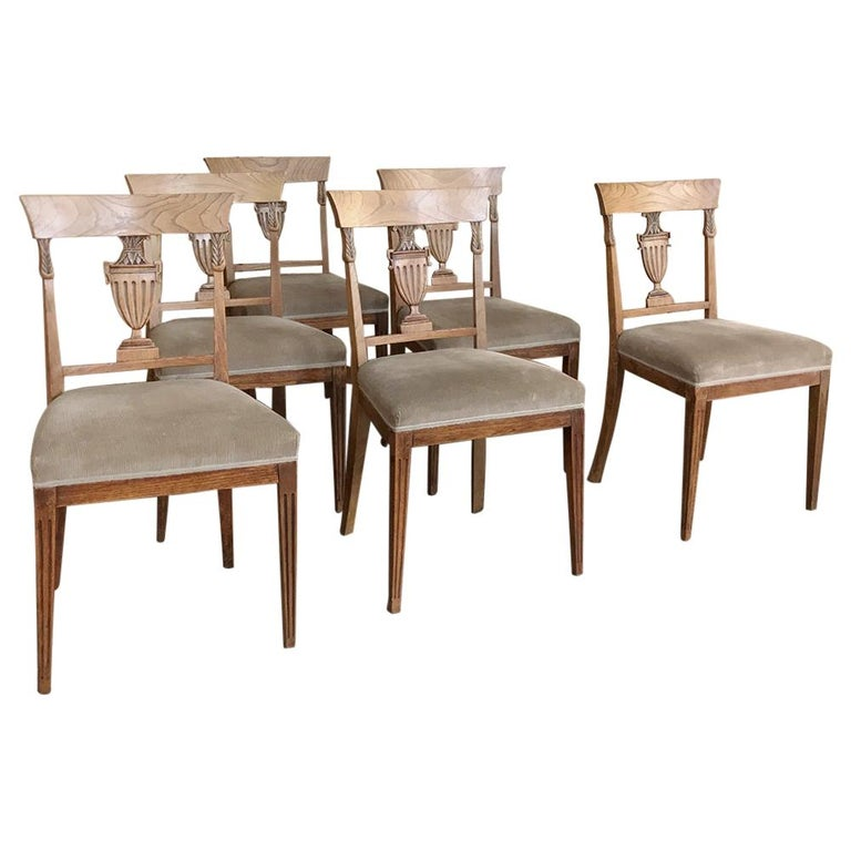 Set of Six 18th Century Neoclassical Swedish Dining Chairs For Sale