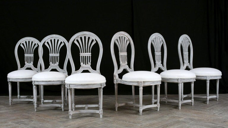 Set of Six Distressed Finish Regency Style Dining Chairs In Excellent Condition For Sale In Los Angeles, CA