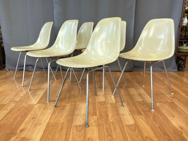 American Set of Six Eames for Herman Miller DSX and DSG Side Chairs in Parchment, 1959 For Sale