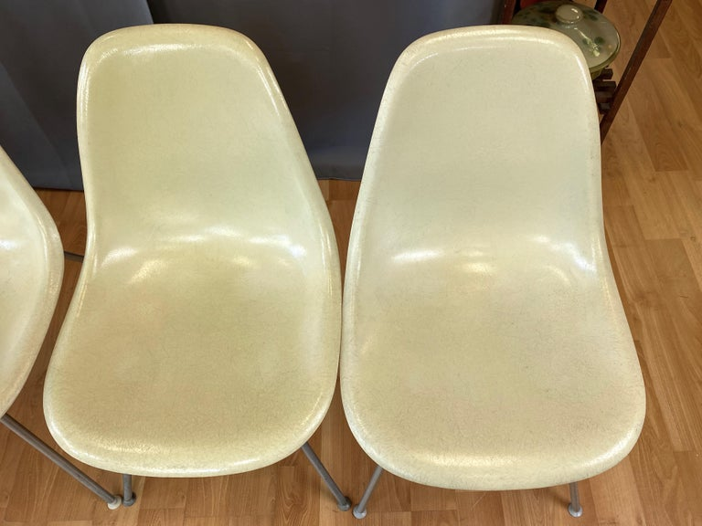 Set of Six Eames for Herman Miller DSX and DSG Side Chairs in Parchment, 1959 For Sale 1
