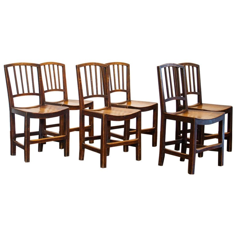 Set of Six Early 19th Century Elm Dining Chairs For Sale