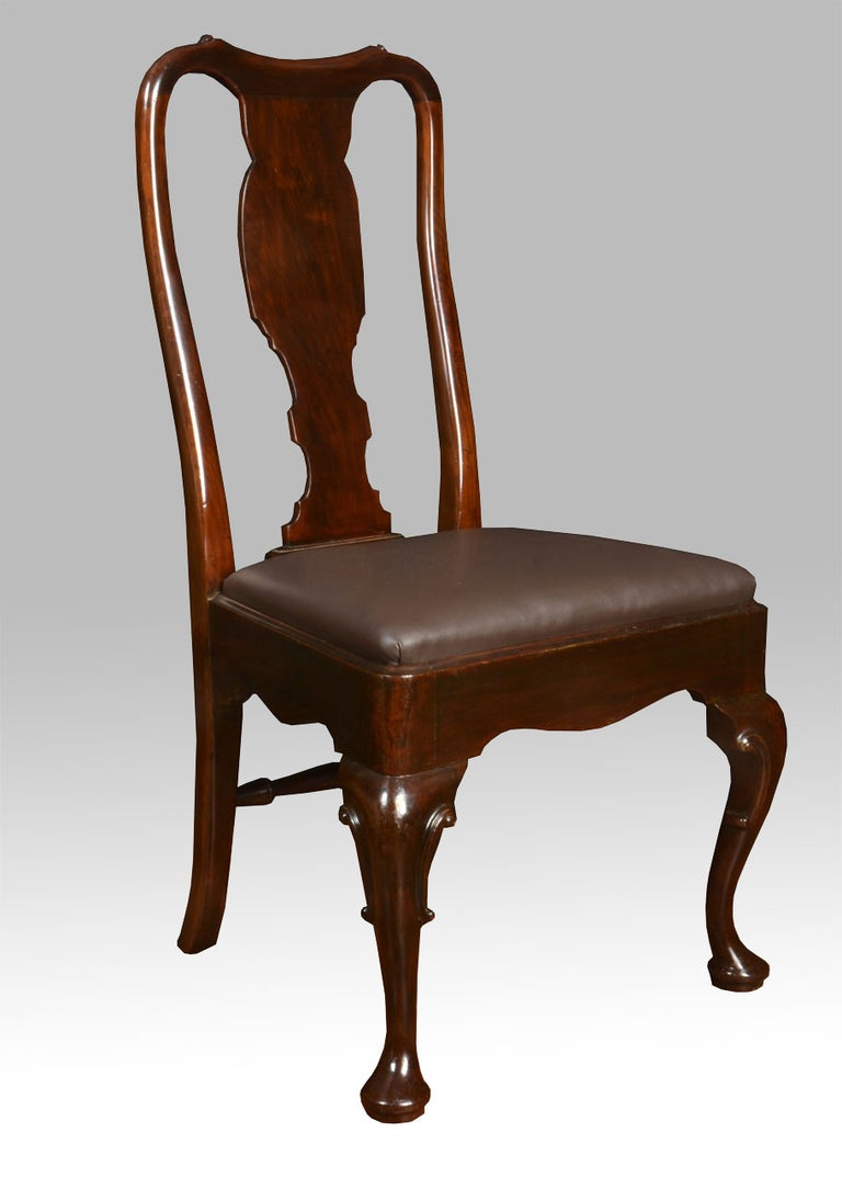 British Set of Six Early 20th Century Queen Anne Style High Back Dining Chairs For Sale