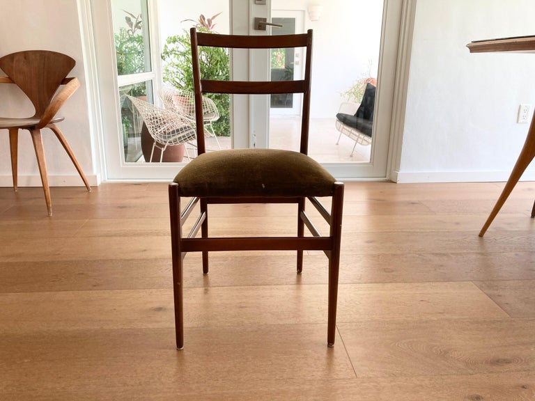 Set of Six Early Leggera Dining Chairs by Gio Ponti for Cassina For Sale 5