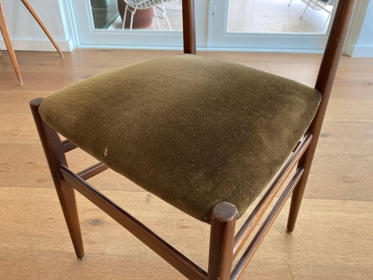Mid-20th Century Set of Six Early Leggera Dining Chairs by Gio Ponti for Cassina For Sale