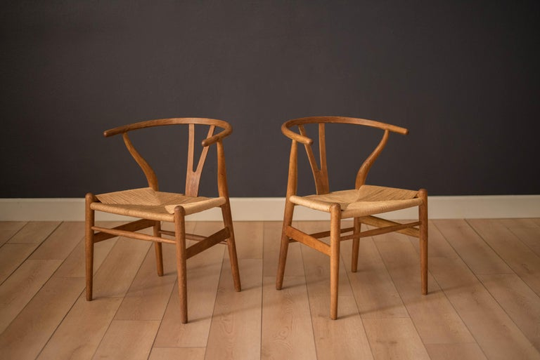 Set of Six Early Vintage Hans Wegner CH24 Wishbone Dining Chairs For Sale 3