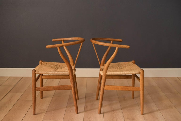 Set of Six Early Vintage Hans Wegner CH24 Wishbone Dining Chairs For Sale 4