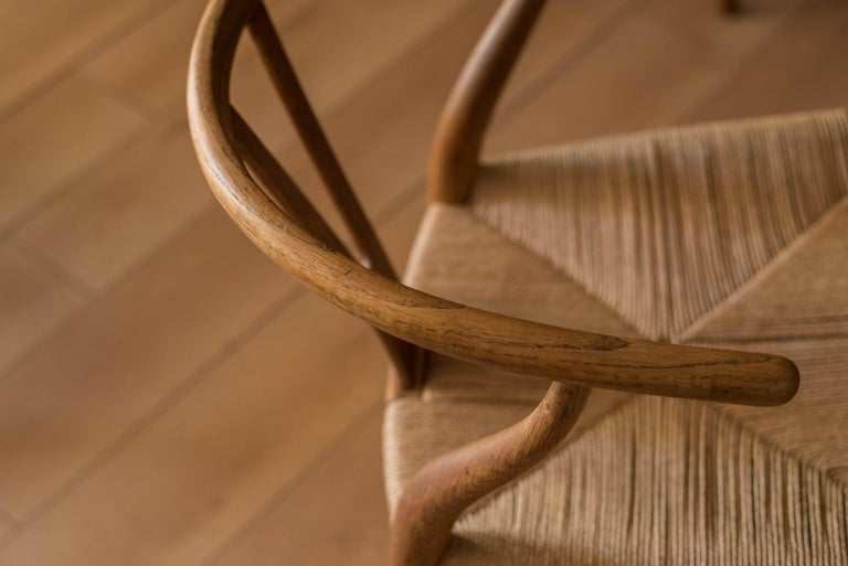 Set of Six Early Vintage Hans Wegner CH24 Wishbone Dining Chairs For Sale 7