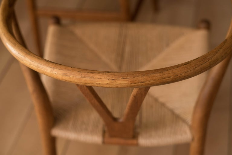 Set of Six Early Vintage Hans Wegner CH24 Wishbone Dining Chairs For Sale 12