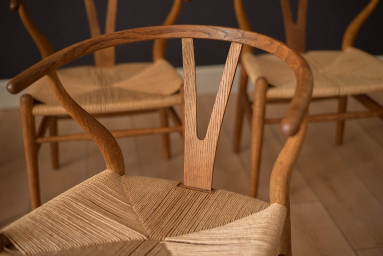Set of Six Early Vintage Hans Wegner CH24 Wishbone Dining Chairs In Good Condition For Sale In San Jose, CA