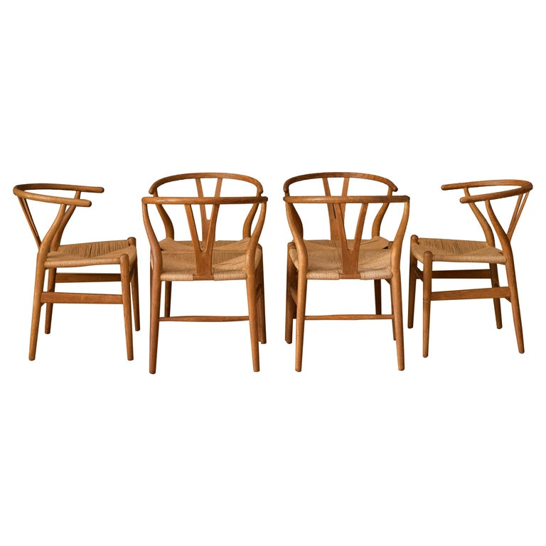 Set of Six Early Vintage Hans Wegner CH24 Wishbone Dining Chairs For Sale