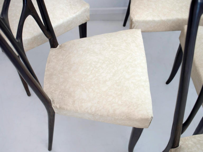 Set of Six Ebonized Wood Dining Chairs In Good Condition In Madrid, ES