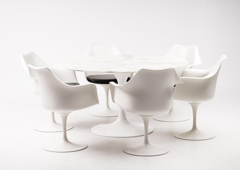 This set of 6 very early armchairs are also designed by Eero Saarinen for Knoll international. All chairs have a Knoll 320 Park Avenue tag adhered to the seat under the seat cushion. The tag was printed pre zip codes indicating and authenticating