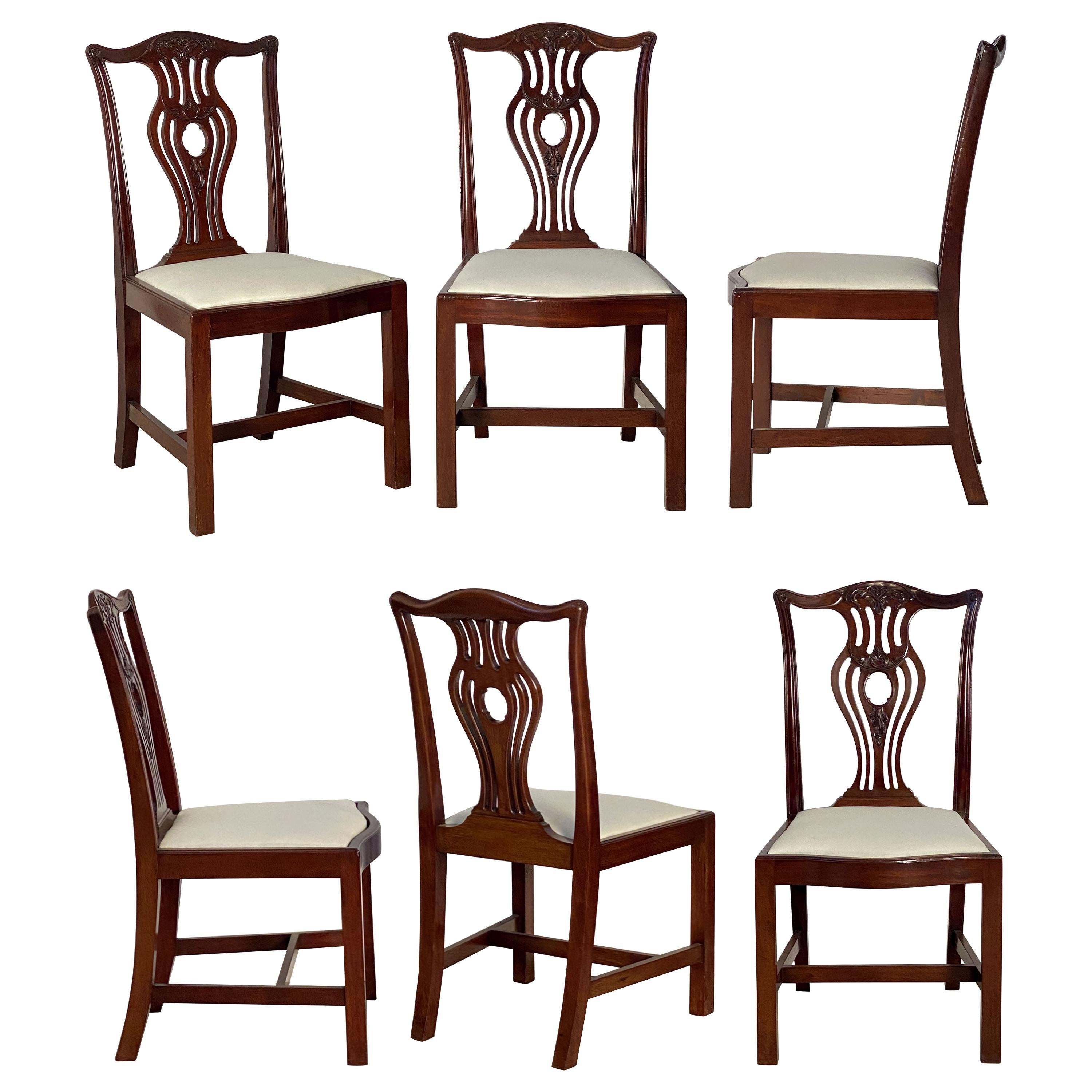 Set of Six English Dining Chairs of Mahogany in the Art Nouveau Style