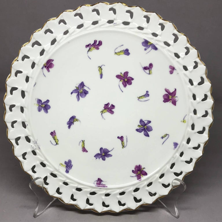 20th Century Set of Six Pink and Purple Floral Gilt Plates For Sale