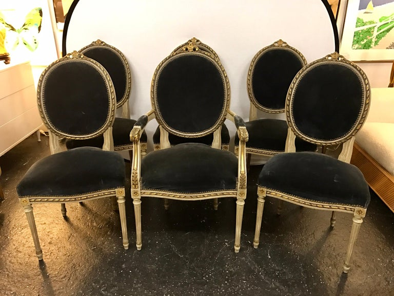 Set of Six French Antique Cream and Giltwood Dining Chairs Velvet Gray Fabric For Sale 8
