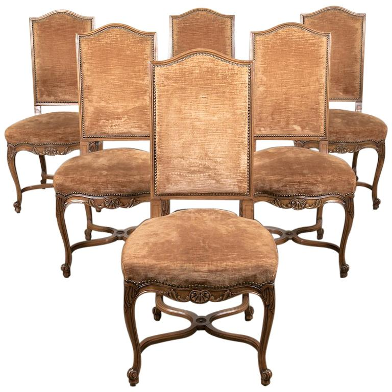 Set of Six French Louis XV Style Carved Dining Side Chairs For Sale