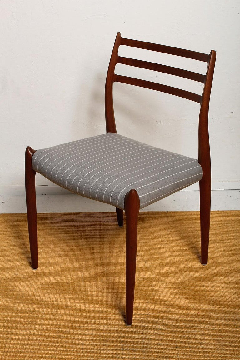 Danish Set of Six Fully Restored 1960s Teak Dining Chairs by Niels O. Møller For Sale