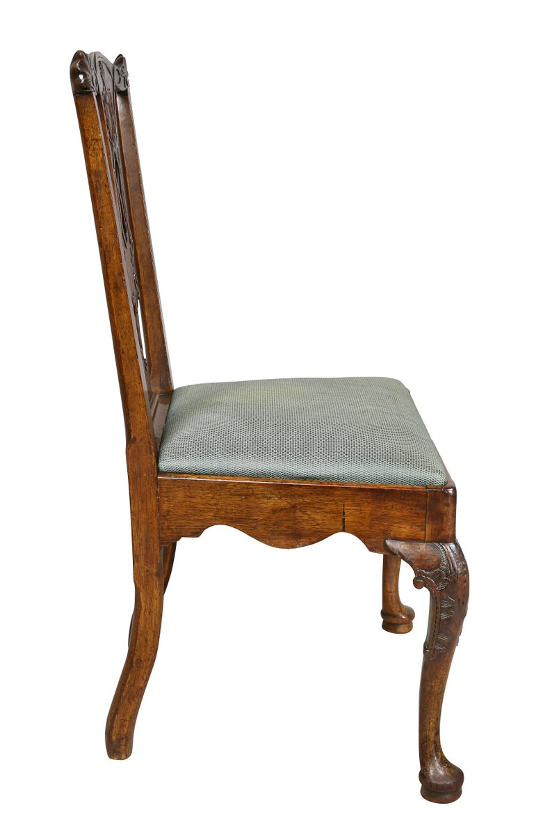 Set of Six George II Walnut Dining Chairs For Sale 4