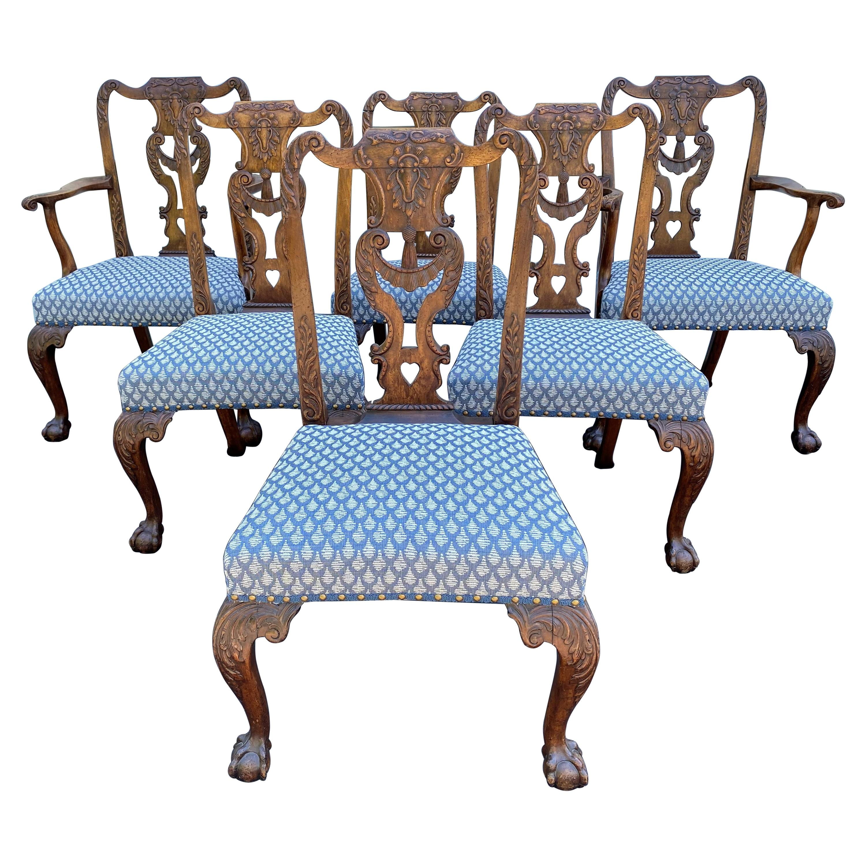 Set of Six Georgian Chippendale Carved Mahogany Chippendale Dining Chairs