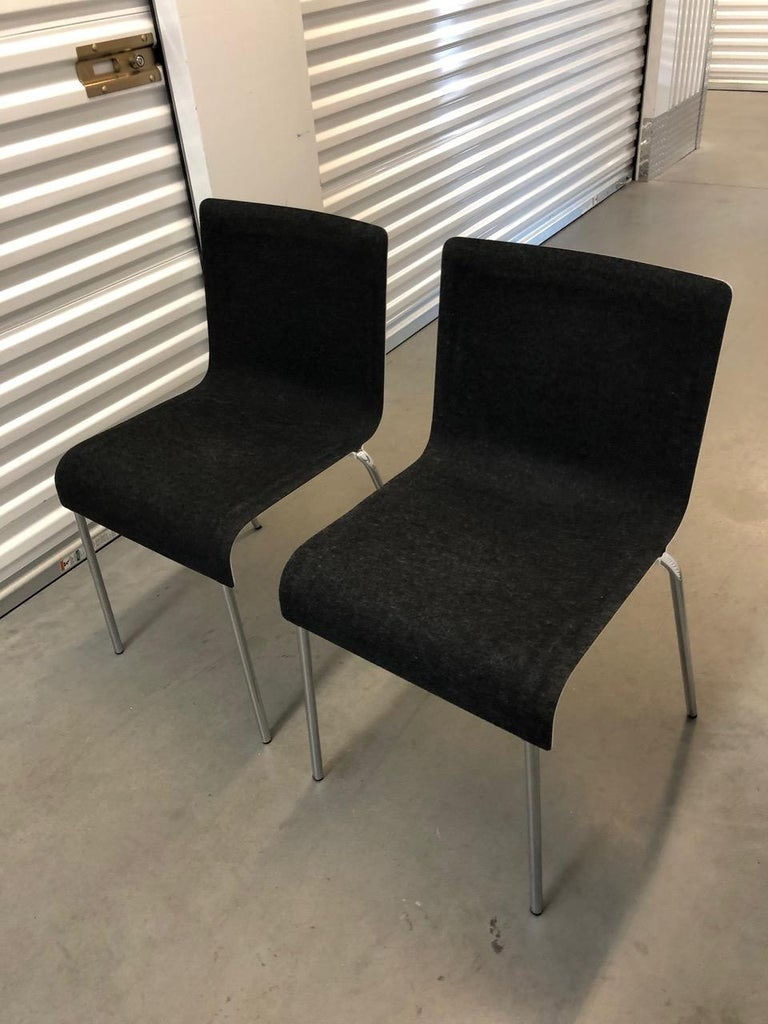 Set of Six Gubi II Stackable Felt Chairs In Excellent Condition For Sale In New York, NY