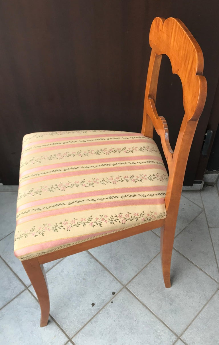 Set of Six Gustavian Chairs, Sweden, 1830 In Good Condition For Sale In Belmont, MA