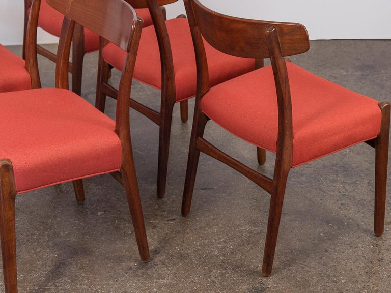 Set of Six Hans J. Wegner Ch-23 Dining Chairs for Carl Hansen In Good Condition For Sale In Brooklyn, NY