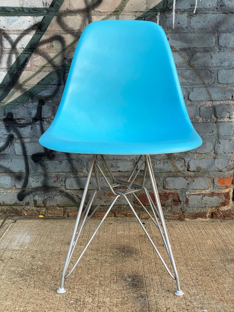American Set of Six Herman Miller Eames Dining Chairs For Sale
